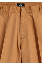 Short chino shorts - Camel - Men | H&M GB 3